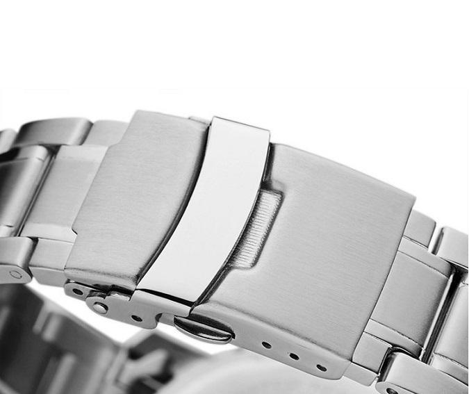e9d4041c71f5 Ventajas de comprar un reloj de acero inoxidable