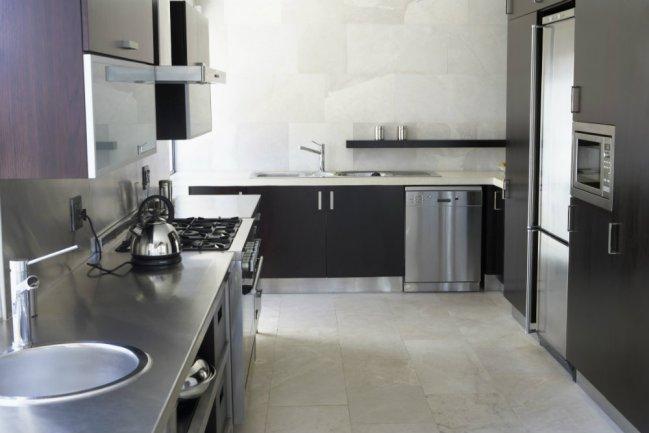 Aceros inoxidables errores comunes al efectuar su limpieza for Superficie cocina